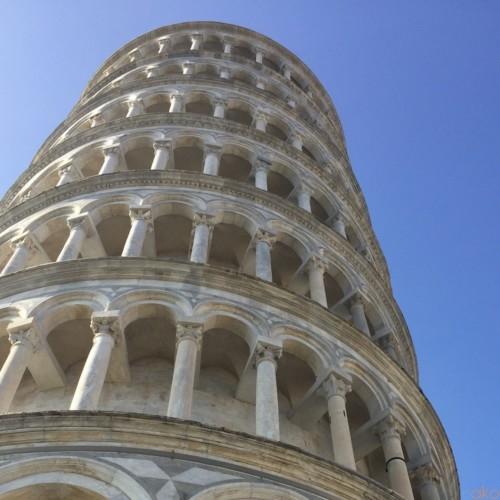 眺めるほどにあふれる魅力に感動!イタリア・ピサの斜塔 | イタリア観光ガイド