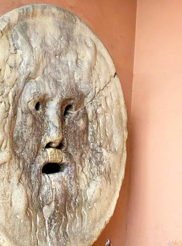 知らなきゃモッタイナイ!ローマ「真実の口」の隠れた魅力とは | イタリア観光ガイド