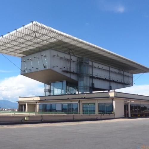自動車工場をリノベーション!トリノ「リンゴット」の魅力 | イタリア観光ガイド