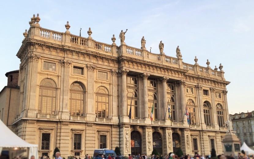 貴婦人が愛した世界遺産、トリノ「マダマ宮殿」の魅力がスゴイ! | イタリア観光ガイド