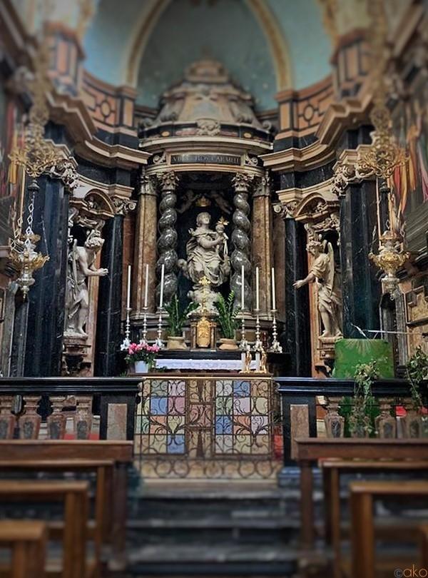行ってみて!ミラノ「サンタ・マリア・デル・カルミネ教会」 | イタリア観光ガイド