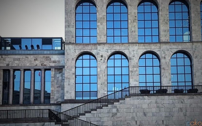 世界の流行発信源!ミラノ「ノヴェチェント美術館」がとにかくカッコイイ! | イタリア観光ガイド
