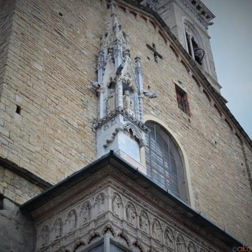 ベルガモナンバーワン観光地。サンタ・マリア・マッジョーレ教会|イタリア観光ガイド