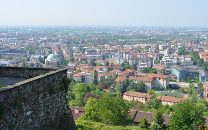 歩けばヴェネツィア共和国へタイムスリップ!ベルガモの城壁|イタリア観光ガイド