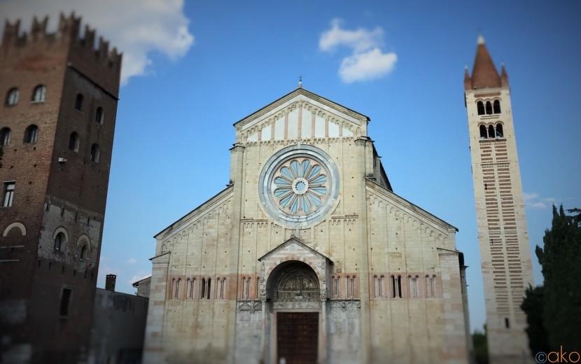 ヴェローナ、サン・ゼーノ聖堂でのんびりとしたひとときを…★| イタリア観光ガイド