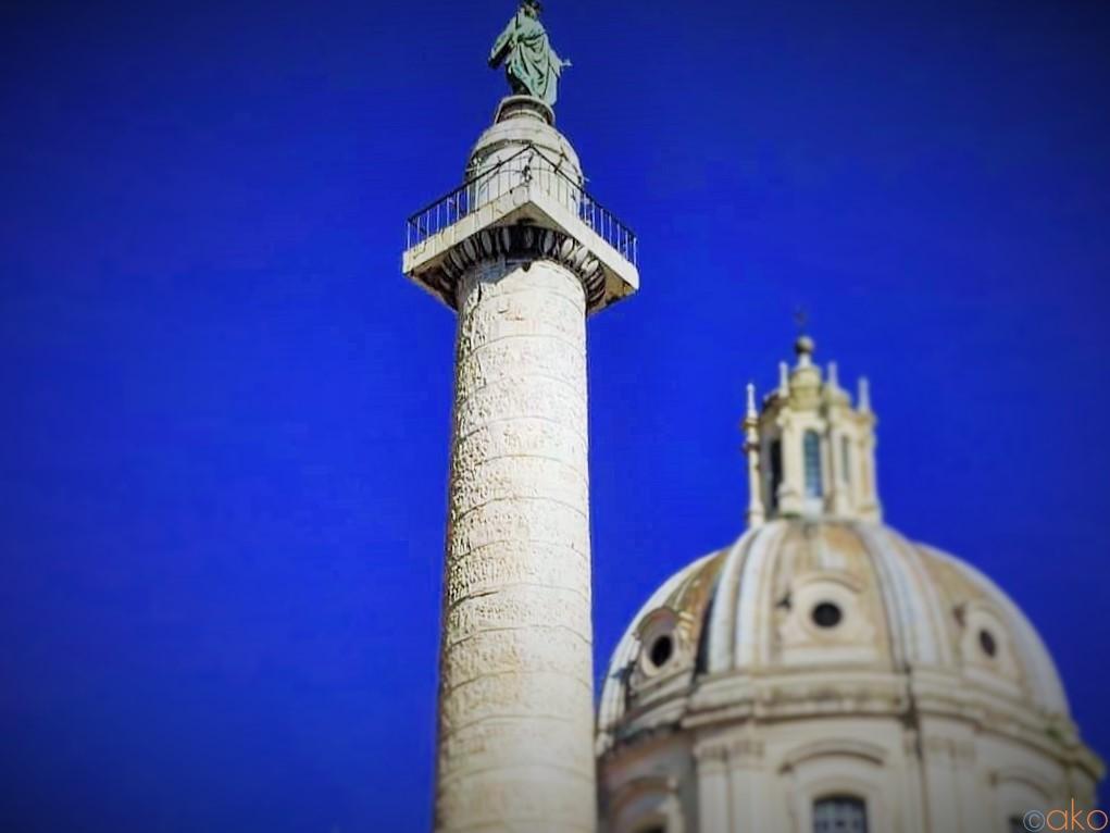 ブームはここから始まった!ローマ、トラヤヌスの記念柱  イタリア観光ガイド