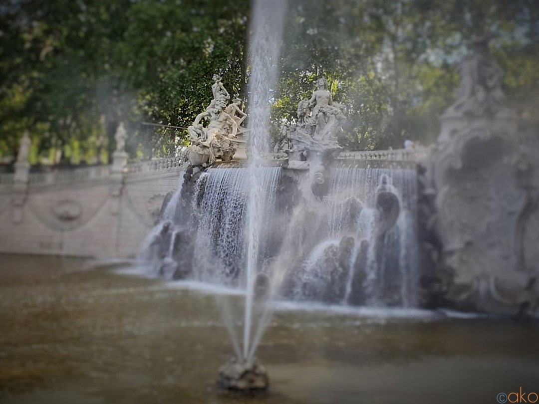 街はずれに佇む美しき水の風景。トリノ・12か月の噴水の魅力| イタリア観光ガイド