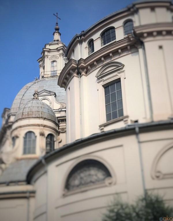 まばゆいばかりの金色の世界!トリノ、コンソラータ教会|イタリア観光ガイド