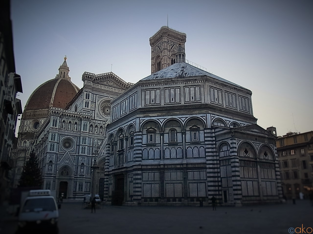見てびっくり、知って納得、フィレンツェ・サン・ジョヴァンニ洗礼堂  イタリア観光ガイド