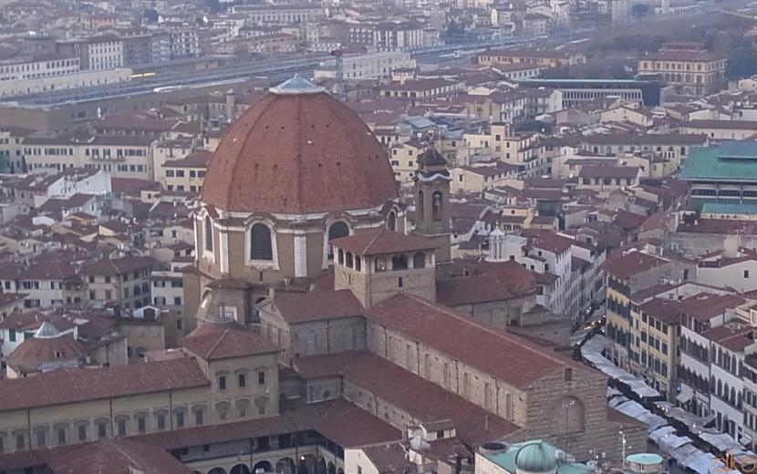地味にデカイ!!フィレンツェのサン・ロレンツォ聖堂| イタリア観光ガイド