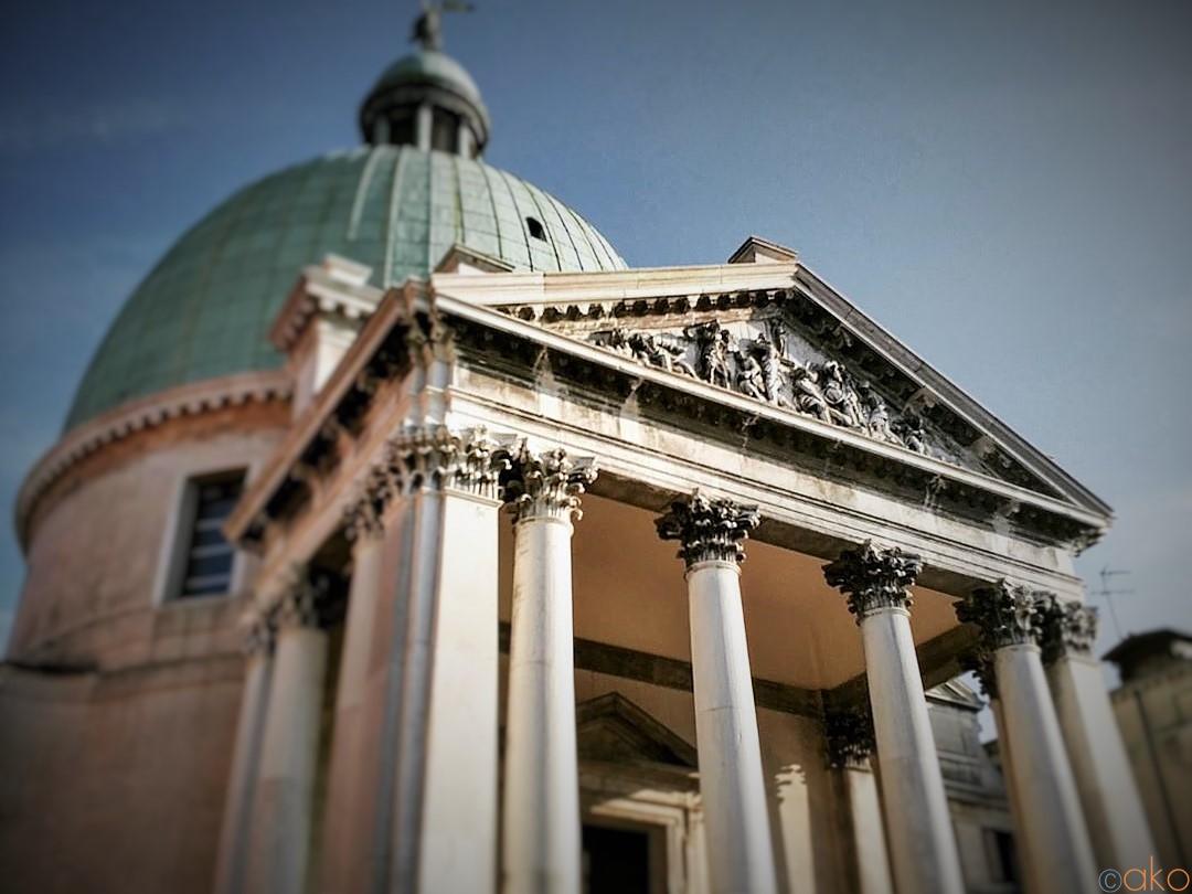 小さくて大きい!ヴェネツィアの番人、サン・シメオン・ピッコロ教会| イタリア観光ガイド