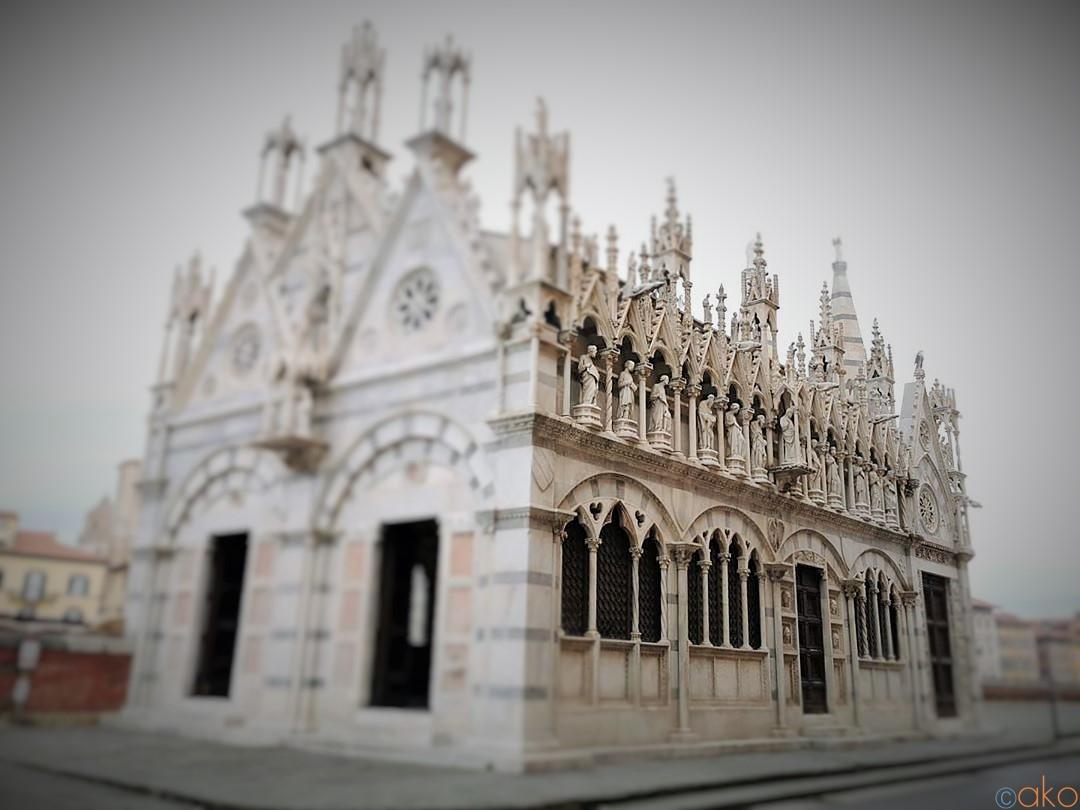 飾りたいほど可愛い!ピサ、サンタ・マリア・デッラ・スピーナ教会| イタリア観光