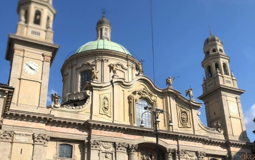 美しい外観にうっとり、ミラノ、サン・アレッサンドロ教会|イタリア観光ガイド