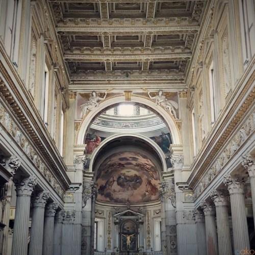 栄華を感じる聖地、北イタリア、マントヴァ大聖堂|イタリア観光ガイド