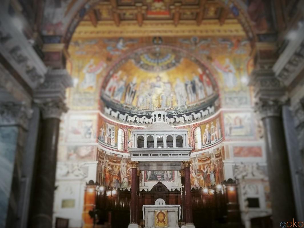 上も下も凄い!ローマ、サンタ・マリア・イン・トラステヴェレ聖堂| イタリア観光ガイド