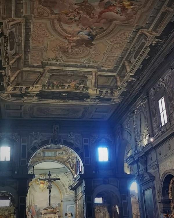 行かなきゃ絶対もったいない!フィレンツェ、オンニサンティ教会|イタリア観光ガイド
