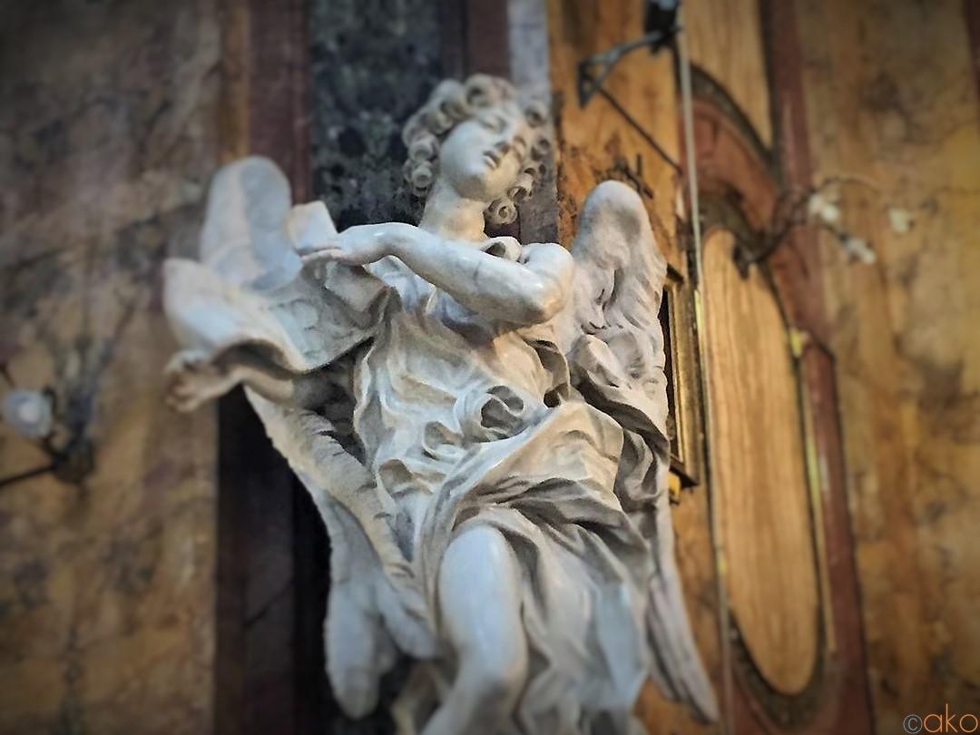 本物は此処に。ローマ、 サンタンドレア・デッレ・フラッテ教会|イタリア観光ガイド
