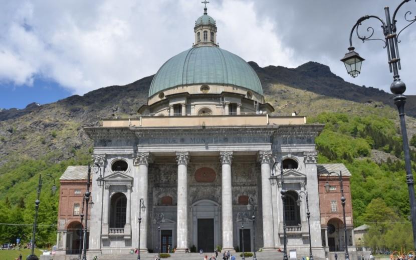 聖なる力を感じる世界遺産、ピエモンテ州オローパの聖域|イタリア観光ガイド