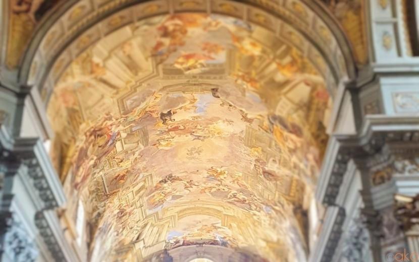 天井画の世界に溺れたい!ローマ、聖イグナツィオ教会|イタリア観光ガイド