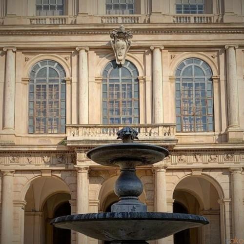 ローマの名門貴族の館といえばココ!バルベリーニ宮|イタリア観光ガイド