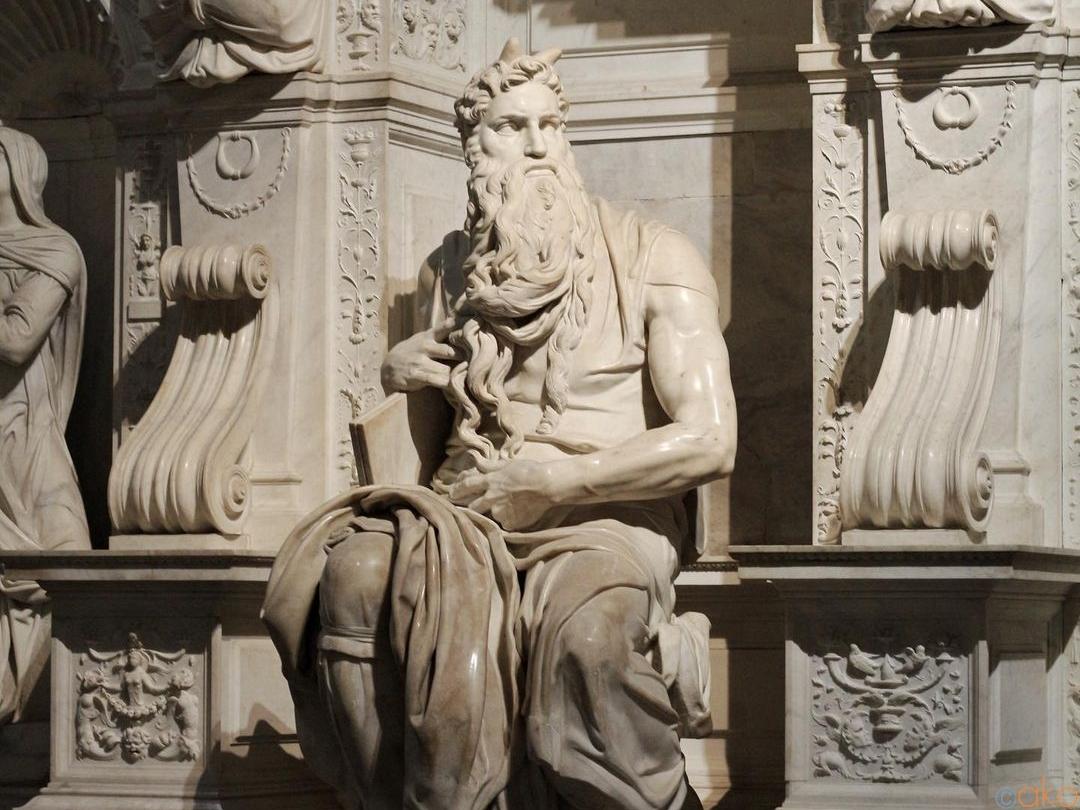 モーゼに会いに。ローマ、サン・ピエトロ・イン・ヴィンコリ教会|イタリア観光ガイド