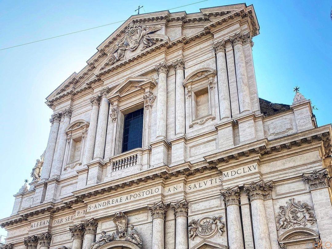 天井画を楽しもう!ローマ、サンタンドレア・デッラ・ヴァッレ教会|イタリア観光ガイド
