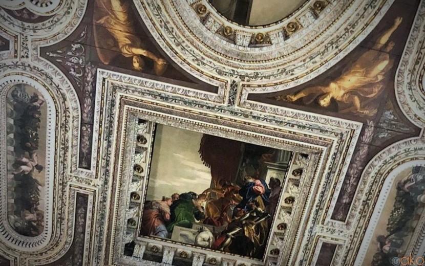 天井に美術館登場!?ヴェネツィア、サン・セバスチアーノ教会|イタリア観光ガイド