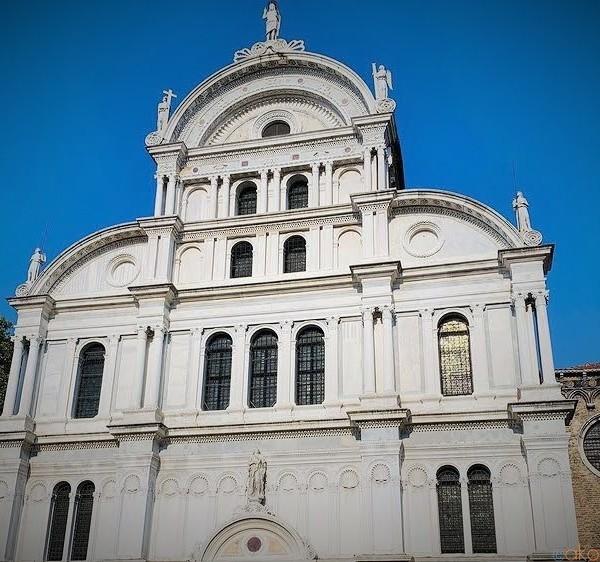 絵画にくるまれているみたい!ヴェネツィア、サン・ザッカリーア教会|イタリア観光ガイド