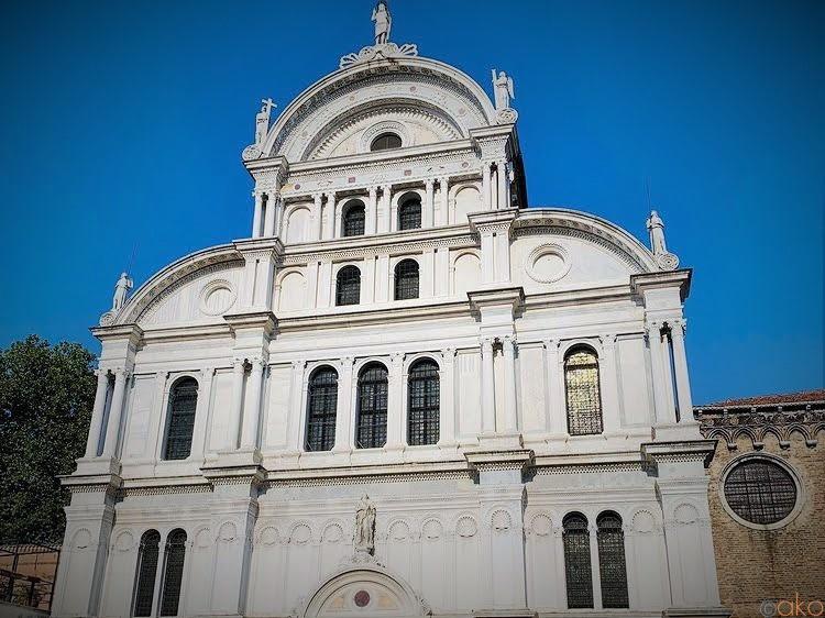 絵画にくるまれているみたい!ヴェネツィア、サン・ザッカリーア教会 イタリア観光ガイド