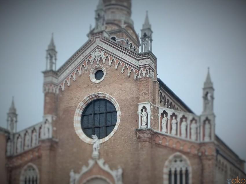 ヴェネツィア、マドンナ・デッロルト教会でティントレットに浸る旅へ イタリア観光ガイド