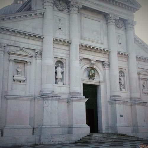 人気漫画の聖地!ヴェネツィア、サン・ジョルジョ・マッジョーレ聖堂|イタリア観光ガイド