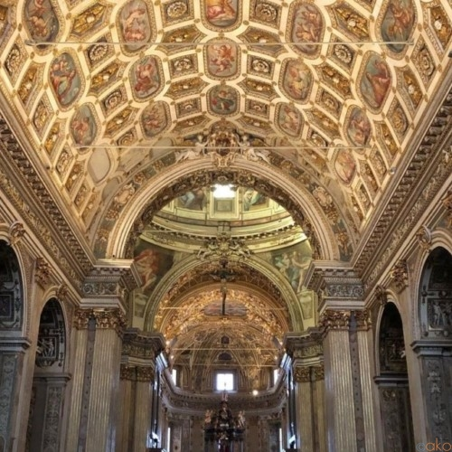 万華鏡のような館内!ミラノ、サン・ヴィットーレ・アル・コルポ聖堂|イタリア観光ガイド