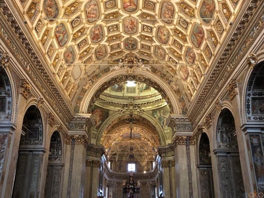 万華鏡のような館内!ミラノ、サン・ヴィットーレ・アル・コルポ聖堂 イタリア観光ガイド