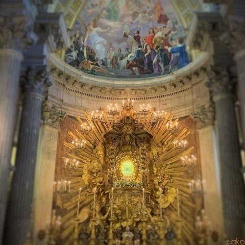ローマ、サンタ・マリア・イン・ポルティコ・イン・カンピテッリ教会|イタリア観光ガイド
