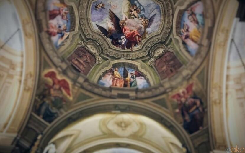 秘密にしておきたい美しさ。ミラノ、サンタ・マリア・セグレタ教会|イタリア観光ガイド