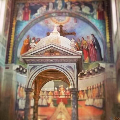 レアだけどおすすめ!ローマ、サンティ・ネレオ・エ・アキレオ聖堂|イタリア観光ガイド