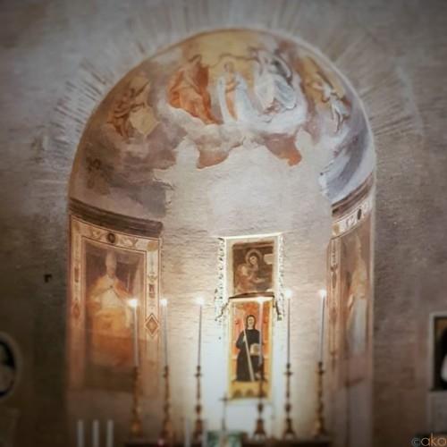 ローマ最小級!サン・ベネデット・イン・ピシヌーラ教会に癒される。|イタリア観光ガイド