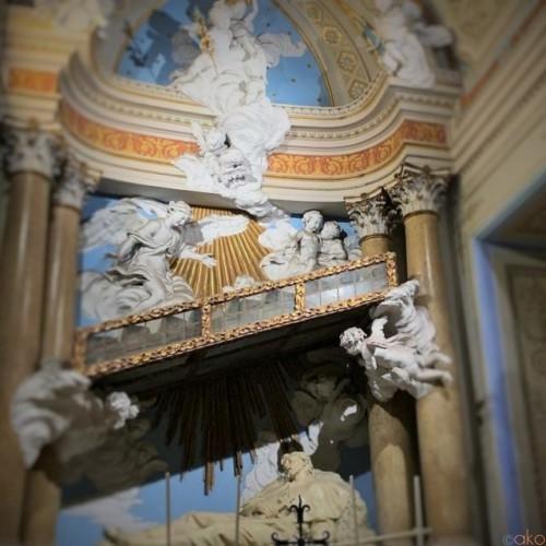 祭壇が必見!ローマ、サンティ・ボニファチョ・エ・アレッシオ聖堂|イタリア観光ガイド