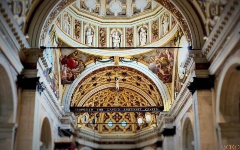 外観に注目!ミラノ、サンタ・マリア・プレッソ・サン・チェルソ教会|イタリア観光ガイド
