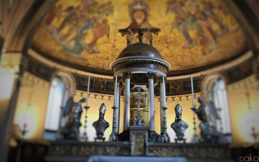 ウォールアートも楽しめる!ミラノ、サン・カリメロ大聖堂|イタリア観光ガイド