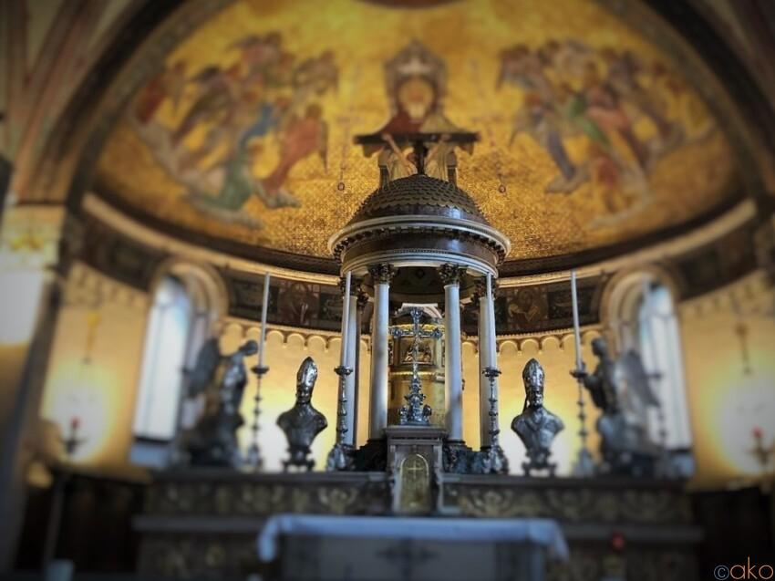 ウォールアートも楽しめる!ミラノ、サン・カリメロ大聖堂 イタリア観光ガイド