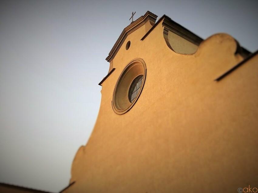 塗り壁みたいな外観にドキドキ!フィレンツェ、サント・スピリト聖堂 イタリア観光ガイド