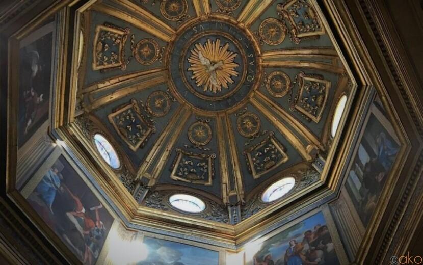 ローマ最古の洗礼の場。サン・ジョヴァンニ・イン・フォンテ洗礼堂|イタリア観光ガイド