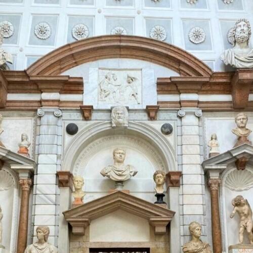 頭上に広がる麗しの世界。ヴェネツィア、グリマーニ館美術館|イタリア観光ガイド
