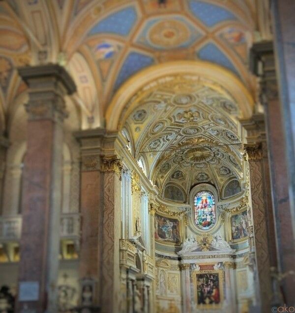 ドイツとの繋がりも。ローマ、サンタ・マリア・デッラニマ教会|イタリア観光ガイド