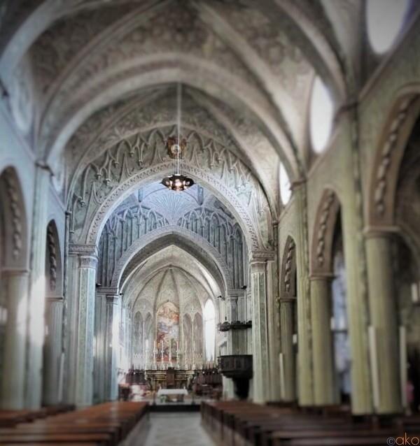 眩いばかりのだまし絵の世界。ピエモンテ州、ビエッラ大聖堂|イタリア観光ガイド