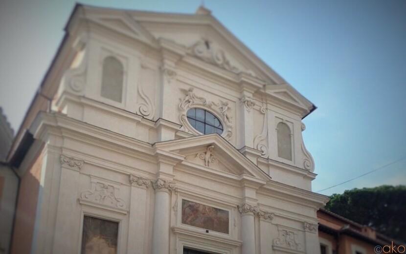 監獄の上に立つ。ローマ、サン・ジュゼッペ・デイ・ファレグナミ教会|イタリア観光ガイド