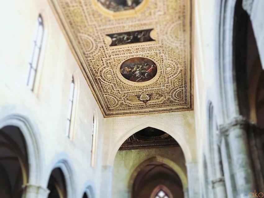 音楽が舞う。ナポリ、サン・ピエトロ・ア・マイエッラ教会|イタリア観光ガイド