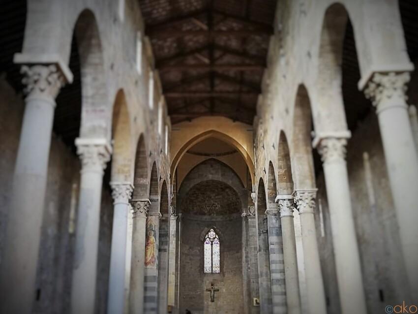長閑な風景と共に。ピサ、サン・パオロ・ア・リパ・ダルノ教会|イタリア観光ガイド