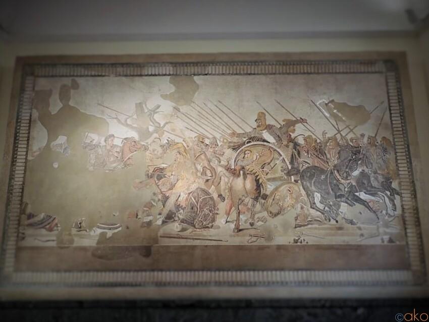 ナポリ、国立考古学博物館でポンペイ遺跡の本物に触れる|イタリア観光ガイド
